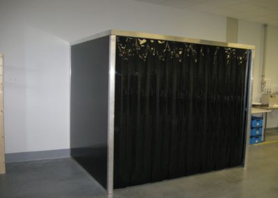 Clona barevná - černá