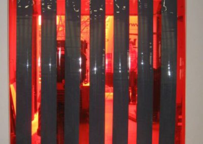 Clona barevná - šedočervená
